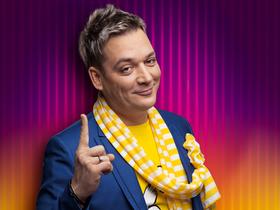 Лёня Сенкевич - ведущий телепроекта