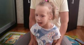 Аня Дронік, 8 років