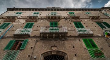 1 євро кошутють будинки в Італії